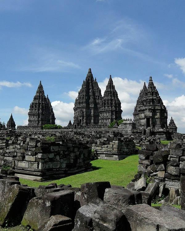 Candi-Prambanan-1280x960