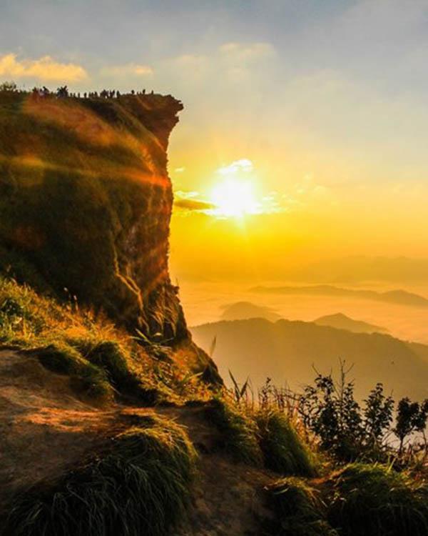 Sunrise Punthuk Setembu